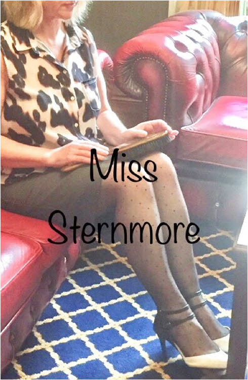 Lancashire domme Miss Sternmore