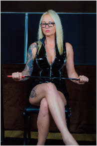 Bristol domme offering spanking, caning and flogging